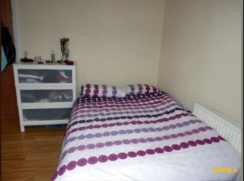 EasyRoommate UK - ***/ 30% OFFER FOR THIS SINGLE ROOM AT TURNPIKE LANE /*** MOVE ASAPPP !!!!!, Turnpike Lane - £403 pcm