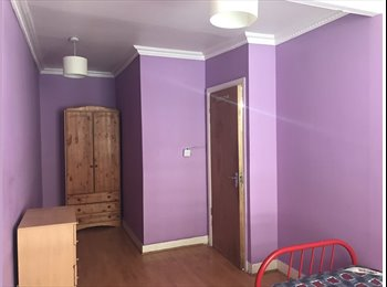 EasyRoommate UK - WESTMINSTER - 2min walk from St James's Park Station, Westminster - £590 pcm