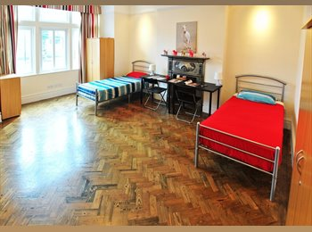 EasyRoommate UK - B ***/ SUMMER OFFER FOR DOUBLE ROOM 2 PEOPLE USE IN ZONE 2 /*** EARLING BROADWAY, West Ealing - £873 pcm