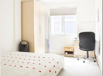 EasyRoommate UK - *FANTASTIC DOUBLE ROOM IN OLD STREET, ALL BILLS INCLUDED*, St Luke's - £1,160 pcm