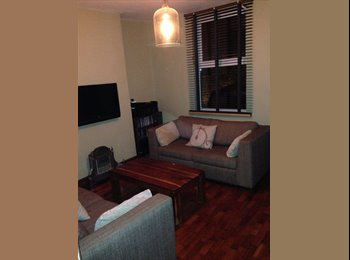 EasyRoommate UK - All considered, Old Basford - £320 pcm
