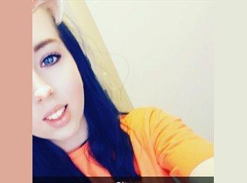 EasyRoommate UK - Holly - 19 - Norwich