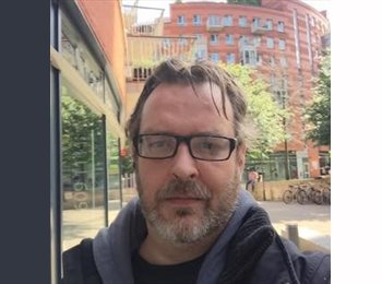EasyRoommate UK - Peter - 43 - London