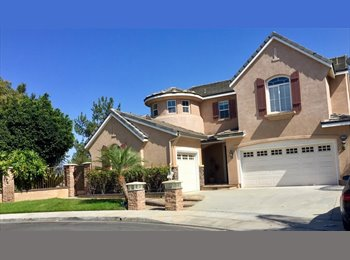 EasyRoommate US - Spacious house with own room on Golf Course!, Placentia - $1,200 pm