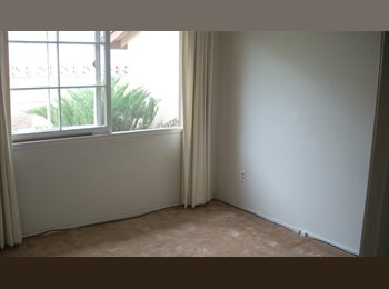 EasyRoommate US - ROOM IN NICE HOUSE IN SAFE NEIGHBORHOOD, West Hills - $775 pm