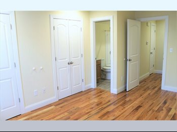 EasyRoommate US - room with walk in closet and bathroom available , Stamford - $1,350 pm