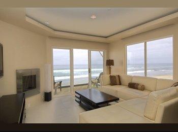 EasyRoommate US - Carlsbadddd Beachside Condo w/Ocean View, Del Mar - $1,050 pm