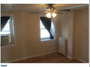 EasyRoommate US - Awesome Manayunk Home with Parking! , Manayunk - $700 pm