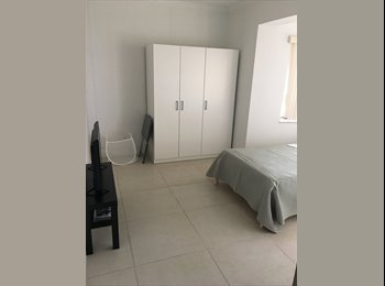EasyRoommate US - ROOMS AVAILABLE $600-$650 A MONTH ALL INCLUDED. SHORT TERM OK., Lauderhill - $650 pm
