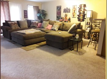 EasyRoommate US - Condo, Downtown - $700 pm