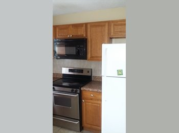 EasyRoommate US - share a 2 bedroom house with me., Lake Ridge - $800 pm