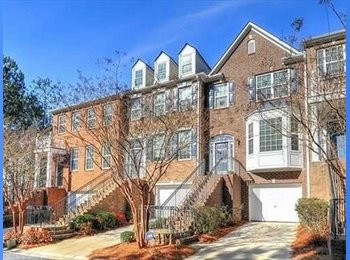 EasyRoommate US - $550 1BR/1BA in Large Townhome (Smyrna), Bankhead / Bolton - $550 pm