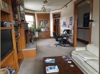 EasyRoommate US - Occupant, North Center - $1,000 pm
