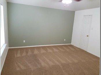 EasyRoommate US - Spring - Woodlands room for rent, The Woodlands - $700 pm