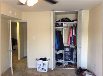 EasyRoommate US - $820/person move in ASAP, Roxborough - $1,640 pm