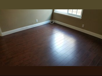 EasyRoommate US - Private Room in a SOBER HOME, Santa Ana - $1,200 pm