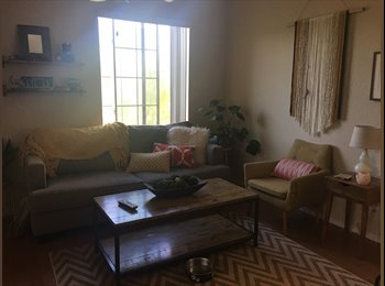 EasyRoommate US - Room available in beautiful 3 level Town home, Gilbert - $650 pm