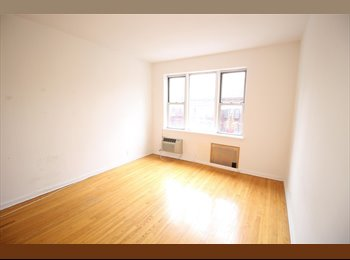EasyRoommate US - Cozy Studio Available In New York, Yorkville - $2,020 pm