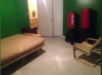 EasyRoommate US - Big unfurnished room avail now $1000, Carroll Gardens - $1,000 pm