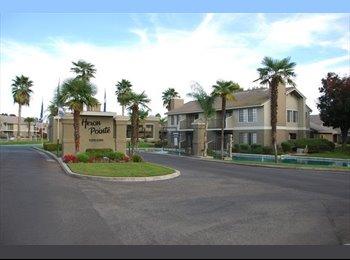 EasyRoommate US - $600 Room-4-Rent/Utilities Included, Fig Garden Loop - $600 pm