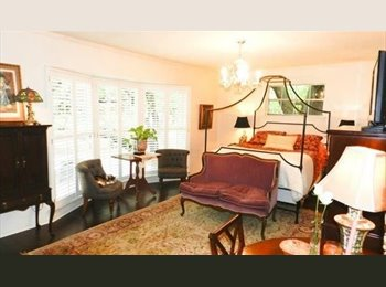EasyRoommate US -  FABULOUS LOCATION/LARGE FURNISHED BDRM/SHARED BATH/ALL BILLS PAID, University Park - $650 pm