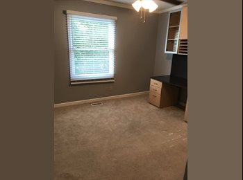 EasyRoommate US - Roommate wanted, Roswell - $600 pm