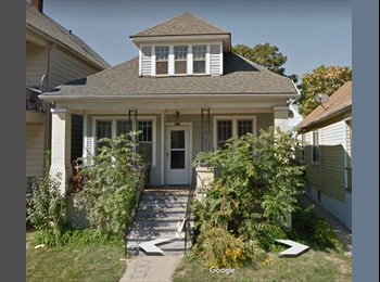 EasyRoommate US - Seeking international roommate interested in the arts, North End - $215 pm