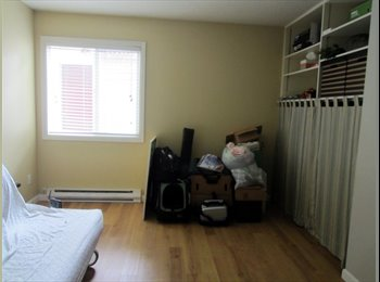 EasyRoommate US - Avail June 18, Small room + den + hall bathroom (near PCC Sylvania), West Portland Park - $600 pm