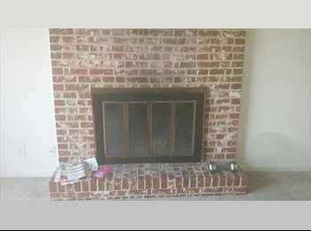 EasyRoommate US - Master Bedroom for rent, Antioch - $425 pm