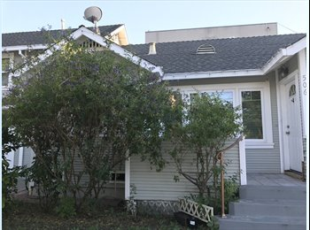 EasyRoommate US - Private room and off street parking in spacious home!, Redwood City - $1,600 pm