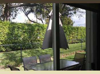 EasyRoommate US - WOMEN ONLY TO SHARE MY TOWNHOUSE, Miramar - $650 pm