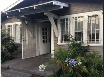 EasyRoommate US - Female Student Seeking Female Roommate BUNGALOW BLOCKS FROM USC, University Park - $800 pm