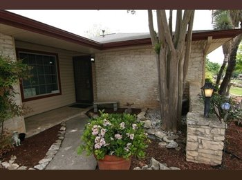 EasyRoommate US - $680 Private Room - Private Bath in Large Home (Leon Valley, NW San Antonio), Leon Valley - $680 pm