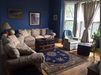 EasyRoommate US - Beautiful, historic Summit Avenue Apartment, Summit - University - $570 pm