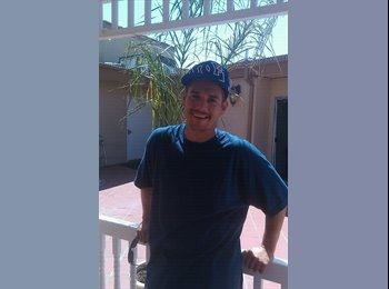 EasyRoommate US - Richard - 34 - Costa Mesa