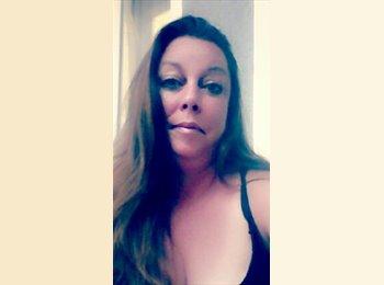 EasyRoommate US - Melanie - 43 - Los Angeles