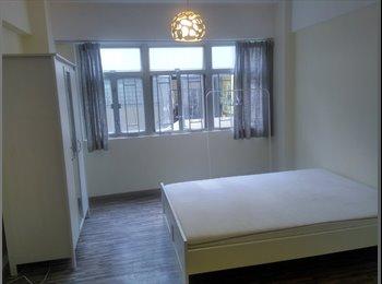 EasyRoommate HK - Western Style and Beautiful Studio Apartment, Sai Ying Pun - HKD13,800 pcm