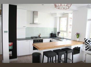 EasyKamer NL - Modern appartement op hippe Schilderstraat - 3 kamers , Rotterdam - € 625 p.m.