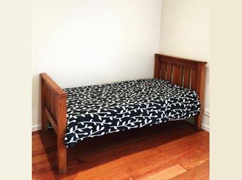 EasyRoommate AU - edwardstown student accommodation, Lynton - $160 pw