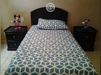 CompartoDepa MX - Rento bonita habitación amueblada para estudiante mujer, Pachuca - MX$1,650 por mes