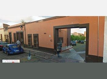 CompartoDepa MX - Se renta cuarto semi amueblado, Querétaro - MX$2,500 por mes