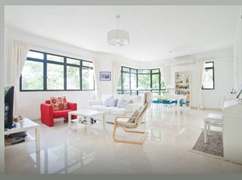 EasyRoommate SG - Female Roommate Wanted: Tidy Common in a Posh Apt by East Coast Park (Till Dec), Marine Parade - $1,400 pm