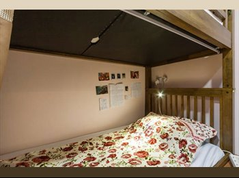 EasyRoommate SG - Divas Place@city centre exclusive for female intern/ student(4 share 1 bigroom) , Bras Basah - $600 pm