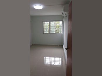 EasyRoommate SG - Newly Renovated Common Room at Clementi , Clementi - $950 pm