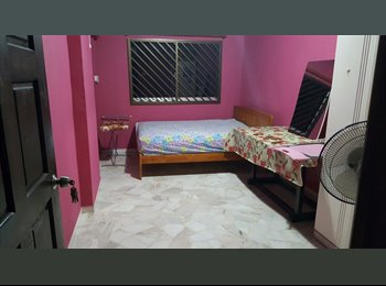 EasyRoommate SG - Cooking allowed! 902 Jurong West Street 91 common room for rent!, Joo Koon - $700 pm