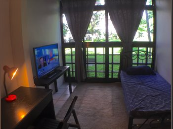 EasyRoommate SG - Dairy Farm Condo - 2-min walk from Hillview MRT, Hillview - $750 pm