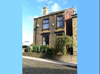 EasyRoommate UK - MASSIVE HOUSE PERIOD FEATURES, New Farnley - £400 pcm