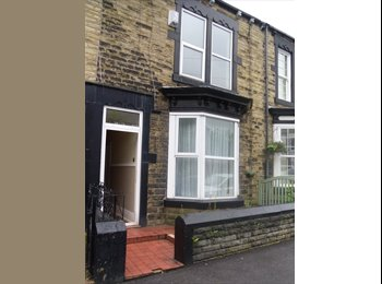 EasyRoommate UK - 2 Double Student Bedrooms - Barnsley Town Center, Barnsley - £315 pcm