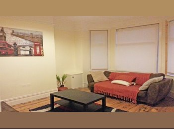 EasyRoommate UK - VERY NICE 5 BED HOUSE TO RENT IN MANCHESTER, Longsight - £380 pcm