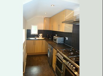 EasyRoommate UK - 5 bedroom student house near Coventry university with all bills included , Coventry - £2,375 pcm